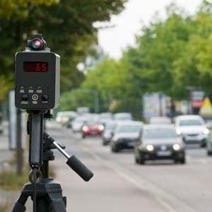 Autovelox: se è sull'altra corsia la multa è illegittima
