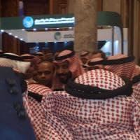 """Arabia Saudita, applausi per MBS alla """"Davos del deserto"""". Ma i big disertano"""