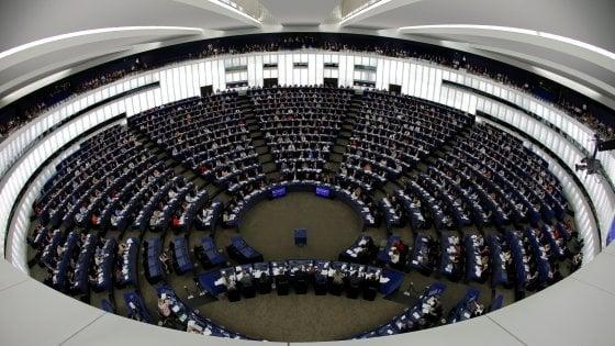 """""""Eurodeputata controllata dalla Casaleggio"""": inchiesta Ue sulla denuncia dell'ex M5S Aiuto"""