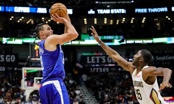 Basket, Nba: super Griffin salva i Pistons, Gallinari non basta ai Clippers