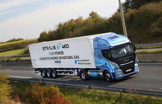 Iveco Stralis, che record: 1729 km con un pieno di gas