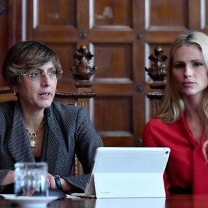 rosso annuncio donna pubblica annuncio contattare