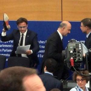 """Manovra, Moscovici al leghista Ciocca: """"E' un cretino, un provocatore fascista"""""""