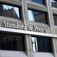 Borse in rosso con Wall Street. Lo spread torna a scendere sotto 310