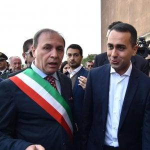 Il ministro dello Sviluppo economico Luigi Di Maio accompagnato  dal sindaco Nino Naso visita la chiesa Madre a Paternò