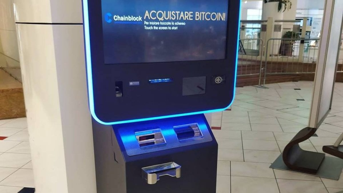Bitcoin al bancomat: nel mondo più di 10mila sportelli - Wired