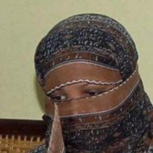 """Pakistan, cancellata la condanna a morte per Asia Bibi. Islamisti in piazza: """"Morte ai giudici"""""""