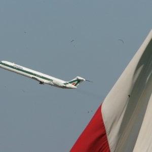 Alitalia, aperte le buste: easyJet vuole un'Alitalia ristrutturata. Dentro anche Fs e Delta