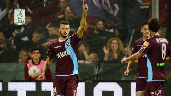 Serie B: Bocalon trascina la Salernitana, il Lecce piega il Crotone