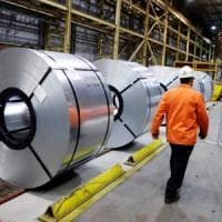 ArcelorMittal in sella all'Ilva, ma i sindacati attaccano: