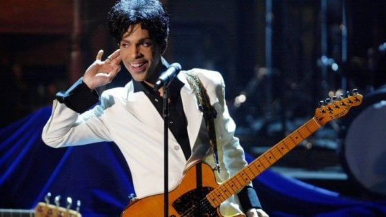 Prince, Aretha, Bowie... le star della musica rivivono tra cinema e tv
