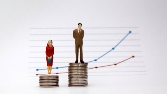 Stipendi e gender gap, da oggi le donne lavorano gratis