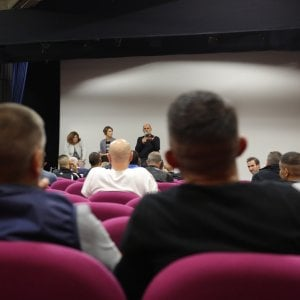 'Altri sguardi', il cinema oltre le sbarre: i film e gli artisti tornano a Rebibbia