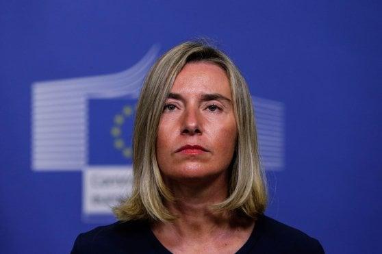 Iran: Usa annunciano ripristino sanzioni. Schiaffo all'Europa