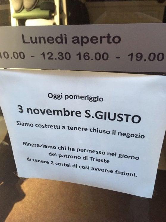 Trieste, Casapound sfila per celebrare il 4 Novembre. In piazza anche la rete antifascista