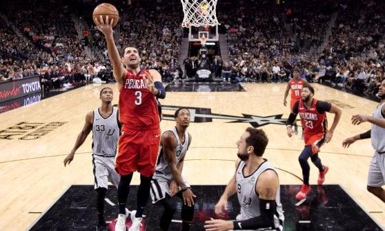 Basket, Nba: Oladipo piega i Celtics, i Rockets ritrovano Harden
