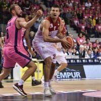 Basket, serie A: Milano e Venezia non sbagliano un colpo, Cremona piega Sassari