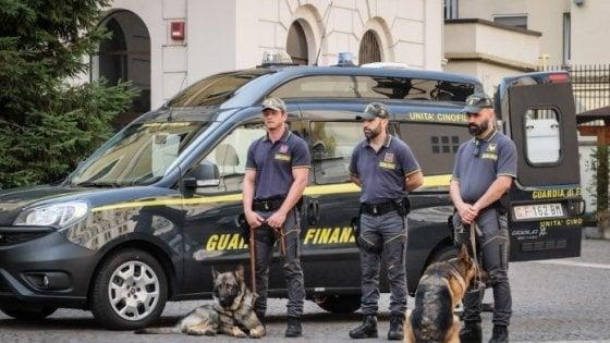 Cosenza, appalti in cambio di regali: arrestati  sindaco, vicesindaco e assessore di Fuscaldo