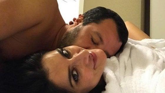 """Elisa Isoardi annuncia la rottura con Matteo Salvini: """"È finita"""". Lui replica: """"Peccato, qualcuno aveva altre priorità"""""""