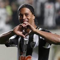 Brasile: Ronaldinho è al verde, sul conto ha meno di sei euro