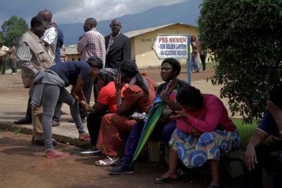 Camerun, liberati i 79 studenti rapiti: in ostaggio ancora la preside e un docente