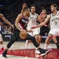 Basket, Nba: McCollum è stellare e Portland stende Milwaukee