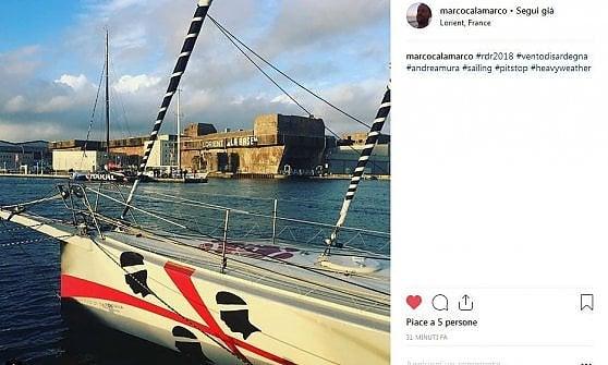 Vela, tempeste e avarie sulla Route du Rhum. Rientrato in porto l'ex deputato Andrea Mura