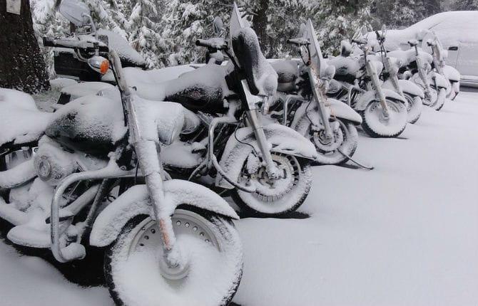 Gomme invernali in moto, ecco tutto quello che c'è da sapere