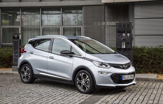 Opel, la mobilità elettrica si fa in casa