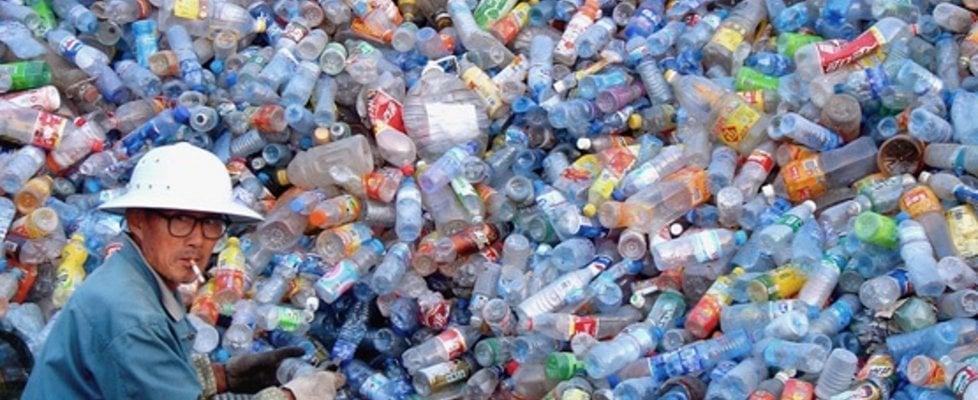 Sindrome cinese: la Malesia nuova pattumiera della plastica