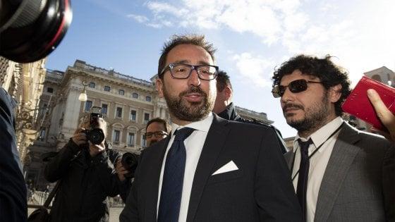 """Prescrizione, Bonafede: """"Sarà approvata con l'anticorruzione"""". Salvini: """"Nessuno stop senza riforma del processo"""""""