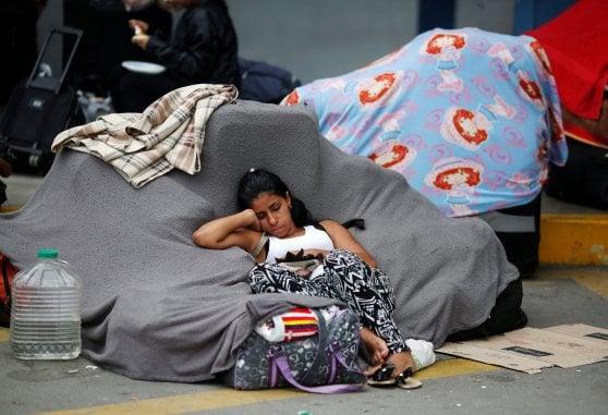 Il grande esodo dal Venezuela, 3 milioni in fuga dal regime di Maduro