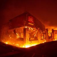 Incendi in California, il bilancio sale a 25  morti