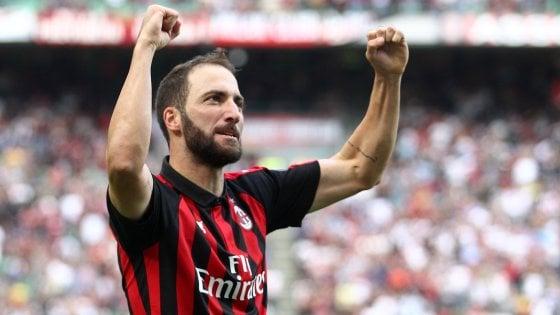Milan, Musacchio è out 2 mesi ma Gattuso recupera Higuain