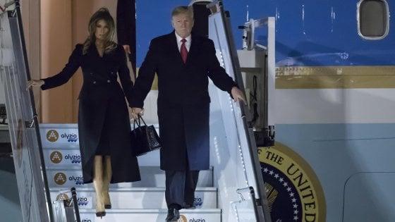 """Trump attacca Macron sulla difesa.  """"L'Europa pensi a finanziare i costi della Nato"""""""