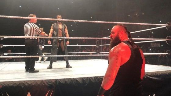 Wrestling, sfida Rollins-Ambrose: spettacolo a Roma