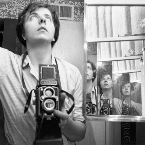 Ecco perché siamo insoddisfatti dei nostri selfie. Roland Barthes lo spiegava 38 anni fa