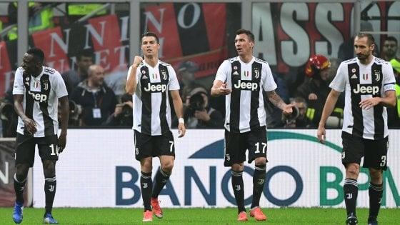 8e24937332dab Milan-Juventus 0-2  decidono Ronaldo e Mandzukic. E Higuain perde la testa