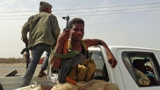 Scontri tra forze lealiste e insorti in Yemen: 149 morti in 24 ore