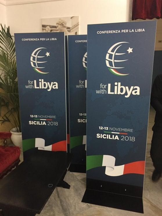 """Libia: conferenza a Palermo: Haftar arriva e incontra Conte. Il premier: """"No miracoli o scorciatoie"""""""