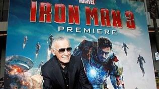 È morto Stan Lee, papà dei supereroi Marvel: creò personaggi che lottano in un mondo in crisi