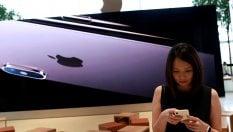 Apple, timori sulle vendite di iPhone: frenano i listini del tech