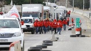Il lavoro di assistenza della Mezzaluna Rossa e di ''Un Ponte Per'' nel Kurdistan siriano
