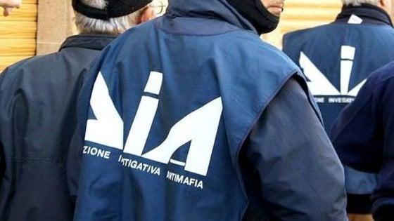 Le mani delle mafie sulle scommesse online: 68 arresti