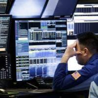 Balzo dello spread dopo la lettera alla Ue. Borse in calo