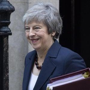 Brexit, ecco l'accordo di May: molte concessioni alla Ue