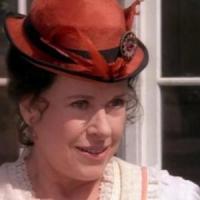 È morta Katherine MacGregor, era Harriet Oleson nella serie 'La casa nella prateria'