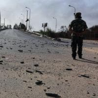 Libia, a sud di Tripoli riprendono gli scontri. Un avvertimento per Serraj
