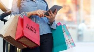 Black Friday, gli italiani pronti a spendere oltre 120 euro