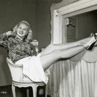 Starlette e pin-up, quelle ragazze perdute tra le icone Jean Harlow e Greta Garbo